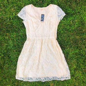 -cute white lace dress from hollister